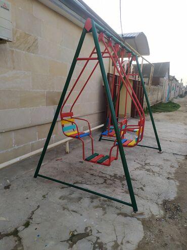- Azərbaycan: Uşaq üçün böyüklər üçün bağ evlerine yellençek hazirlanir bu 3
