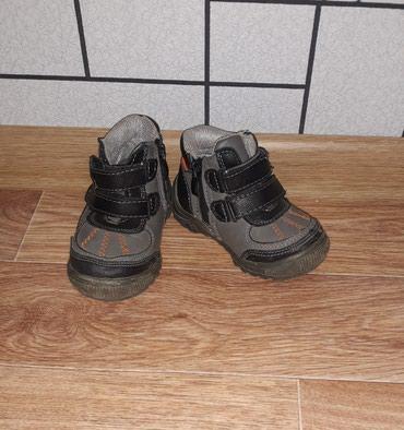 Ботинки деми. Состояние хорошее. Размер: 22. в Бишкек