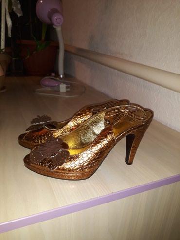 Продаю кож.туфли. 37 размер состояние в Лебединовка