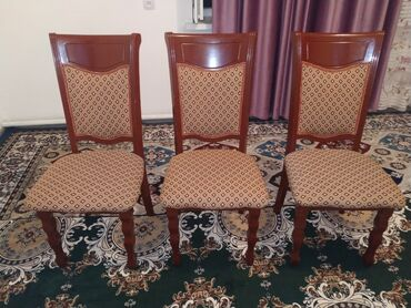 Продаю стулья в хорошем состоянии! 6шт. Есть доставка