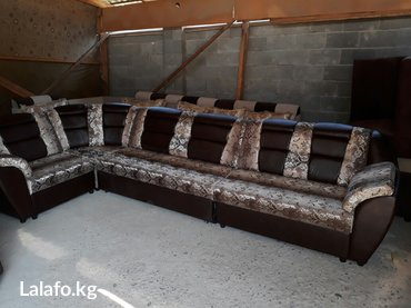 продаётся угловой диван новый! размер 4м на 2метр. год гарантия достав в Бишкек
