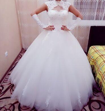платья из штапеля бишкек в Кыргызстан: Состояние идеальное. Одевали 2 раза. Покупали новый. Имеется шубка и