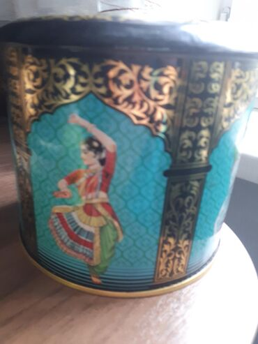Декоративные жестяные банки для хранения чая или сыпучих продуктов