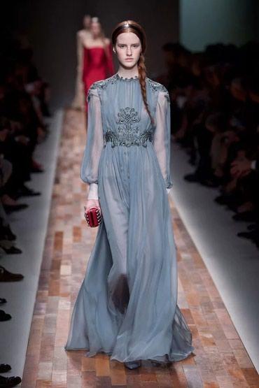 Срочно продам платье от Valentino оригинал очень дёшево . в Бишкек