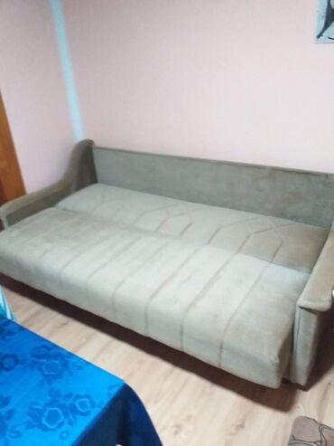 Nameštaj - Ruma: Krevet i dve fotelje ocuvano. Dvosed trosed fotelja eko koza na