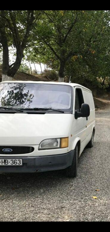 автомобиль на свадьбу в Азербайджан: Ford Transit 2.5 л. 1997 | 38000000 км