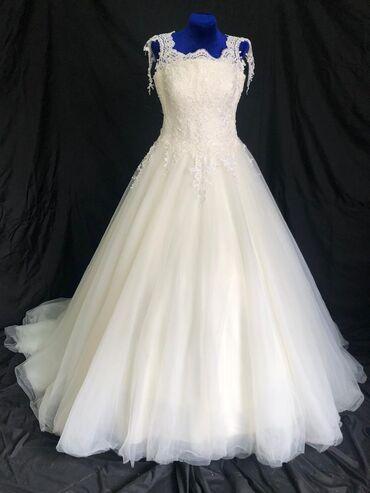 Клексан ош - Кыргызстан: Продаются свадебные платья.Производство турция.Качество отличное, ни