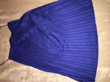 Plisirana suknja Zara. M velicina, nosena nekoliko puta. Bez ostecenja