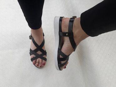 Ženska obuća | Valjevo: Sandale- broj 39 - udobne i lagane. Broj 39 - gaziste 25cm