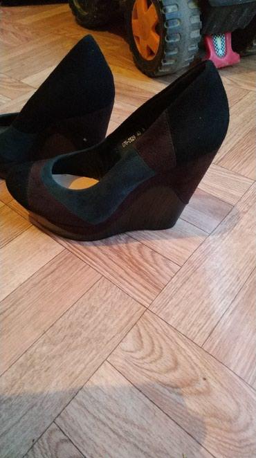 туфли одеты один раз в Кыргызстан: Одеты только один раз размер 40