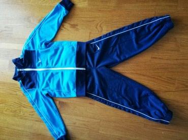 Nike trenerka,veličina 4-5. kupljena u Sport vision butiku - Kraljevo
