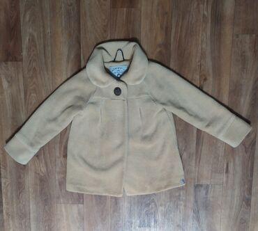 Пальто на девочку 3-4 года,в идеальном состоянии нового, материал