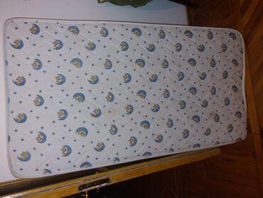 Uşaq çarpayısı üçün döşək satılır. Ölçü 1.20X60
