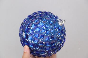 Дом и сад - Украина: Ялинкова новорічна кулька синього кольору   Діаметр: 13 см  Стан гарни