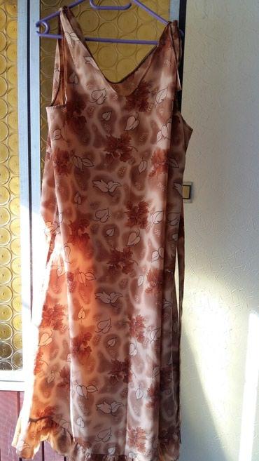 Haljine | Petrovac na Mlavi: Haljina nema vel.sivena je po meri ali je od prilike izedju