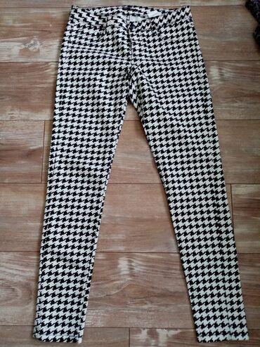 Pantalone cm - Srbija: Terranova uske pantalone, kao nove. Veličina L. Poluobim struka