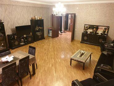 мелкий ремонт мебели в Азербайджан: Продается квартира: 3 комнаты, 170 кв. м