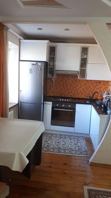 Продается 2 хкомнатная квартира в Бишкек