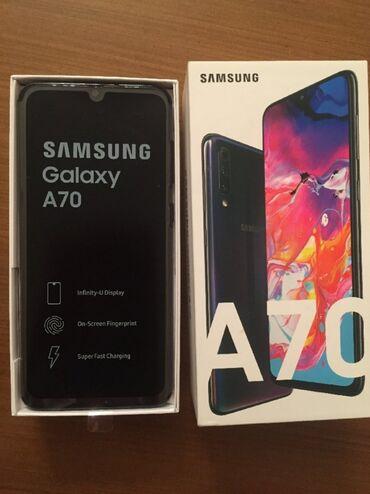 Yeni Samsung A70 128 GB qara