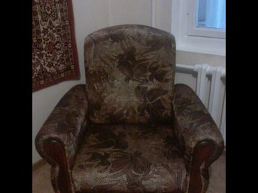 Продаю мягкую мебель- диван и 2 кресла состояние хорошее обивка велюр в Бишкек