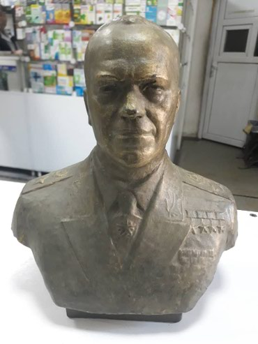 Статуетка Жукова (красная глина высшего качества) в Бишкек