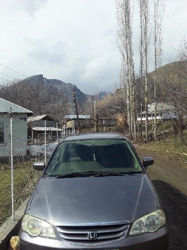 аренда хонда фит для такси в Азербайджан: Honda Odyssey 2000