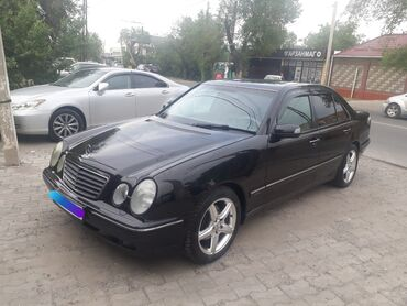 Mercedes-Benz E-Class 3.2 л. 2001 | 225000 км