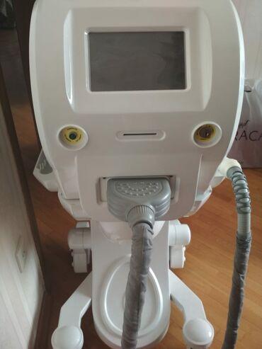 Lazer aparati satilir - Azərbaycan: Lazer aparati satilir 14.000 manata alinib. Cemi 1 ay iwlenib tezedi