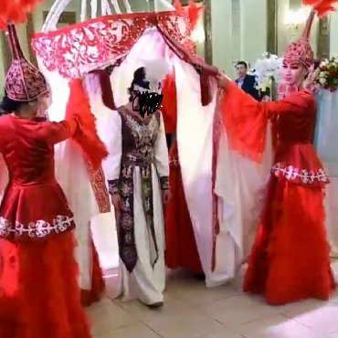 Женская одежда в Тамчы: Кыргыз койнок Кыз узатууга!!! Прокатга берилет