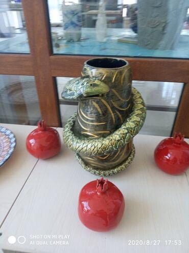 Keramikadan hazırlanmış gül qabi