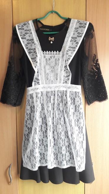 Школьная форма - Кыргызстан: Срочно продаю школьную форму: платье (можно отдельно на выход или на