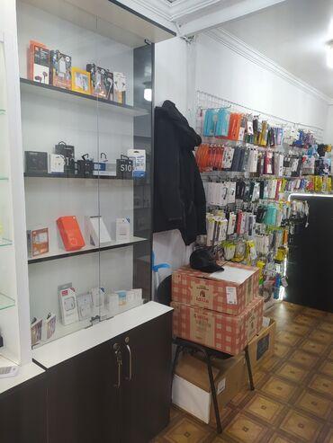 Austin montego 1 3 mt - Azərbaycan: Telefon magazasi ucun vitrinler polkalar ve setkalar satilir. 1 boyuk
