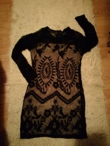 Haljina AMISU br. 40 crna cipkana prelepa... Ispod postava krem u boji - Stara Pazova