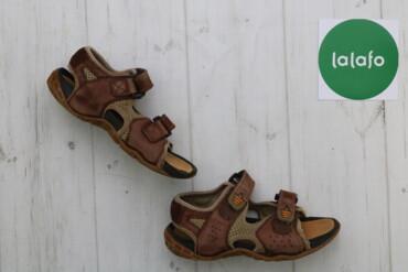 Дитячі сандалі Clarks, р. 31    Довжина підошви: 21 см  Стан: дуже гар