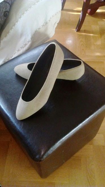Zenske cipele br. 38 unutarnje gaziste 24.Za nijansu tamnije nego na - Crvenka