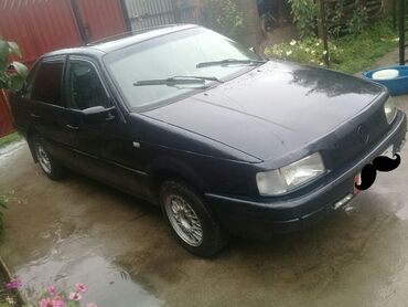 Volkswagen - Кызыл-Суу: Volkswagen Passat Variant 1.8 л. 1991