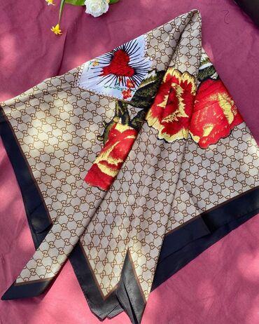 Очень красивый шелковый Платок  Размер:110:110 Листайте карусель