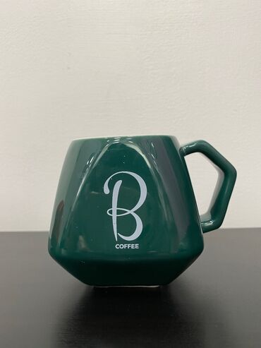 Стаканы - Ак-Джол: Фарфоровые кружки для кофе.Цена одной кружки - 300.Цена комплекта из