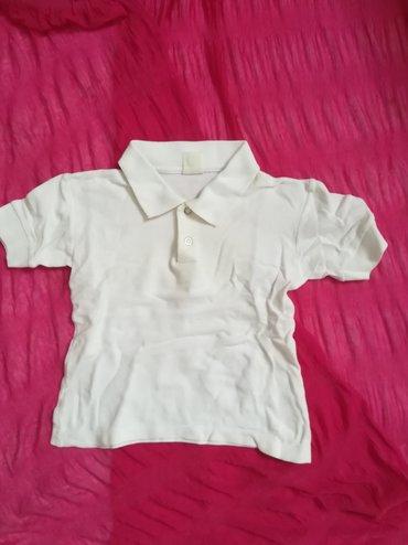 Dečiji Topići I Majice | Vranje: Slatka bela pamučna majica vel 2, sa kragnom i dva dugmića, obim ispod