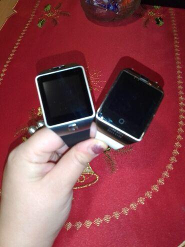 Dva Smart woch kao nova. Jedan beli i crni