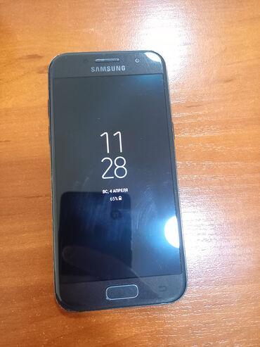 Samsung Galaxy A3 2017 | 16 ГБ | Черный | Б/у | Сенсорный, Отпечаток пальца, Две SIM карты