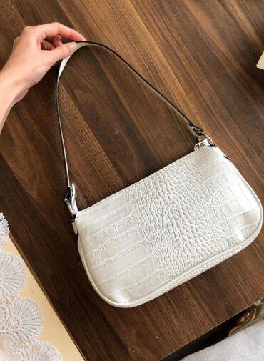 Продаю совершенно новые сумки(Турция)27 манат размер1-ой сумки