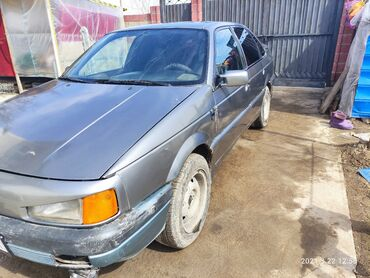 запчасти на volkswagen passat b3 в Кыргызстан: Volkswagen Passat 1.8 л. 1989 | 400000 км