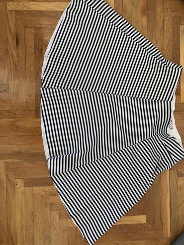 Bershka suknja kao nova M