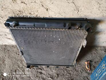 Продаю радиатор мерс 124 .2.2 рабочий зынк