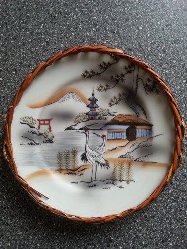 Другой домашний декор в Кыргызстан: Фарфоровая тарелка сувенир, ручная работа диаметр 19 см