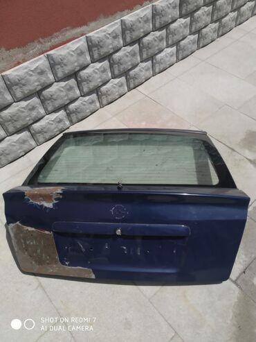 1998-ci il Opel Astra xezbek baqaj qapısı.Sumqayıt şəhərindədir. İstəy