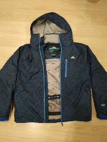 iphone xs naushniki в Кыргызстан: Продаю лыжную куртку Trespass. Размер xs. Идеальное состояние! Почти н