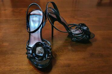 шредеры-35-37-мощные в Кыргызстан: Продаются туфли б/у в хорошем состоянии. Первая пара туфель размер 37