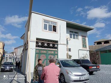 - Azərbaycan: Satılır Ev 240 kv. m, 6 otaqlı